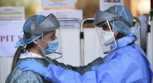 Campaña Más Sanidad de Médicos del mundo y Alianza por una Sanidad Pública